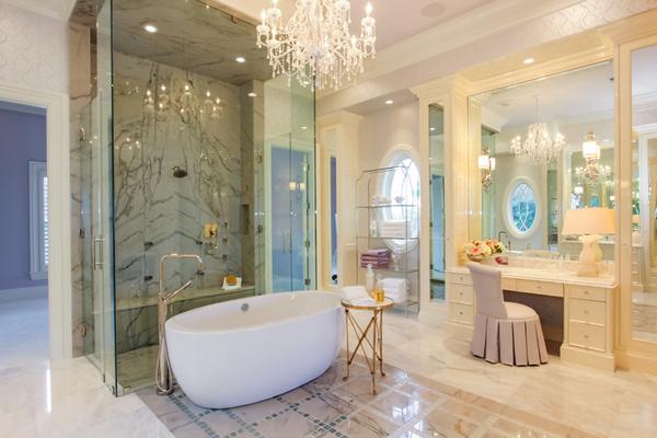 Как превратить зону ванны в ультра-гламурную